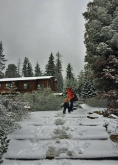Taylor family in snow at Wuksachi Lodge Sequoia National Park 2traveldads.com