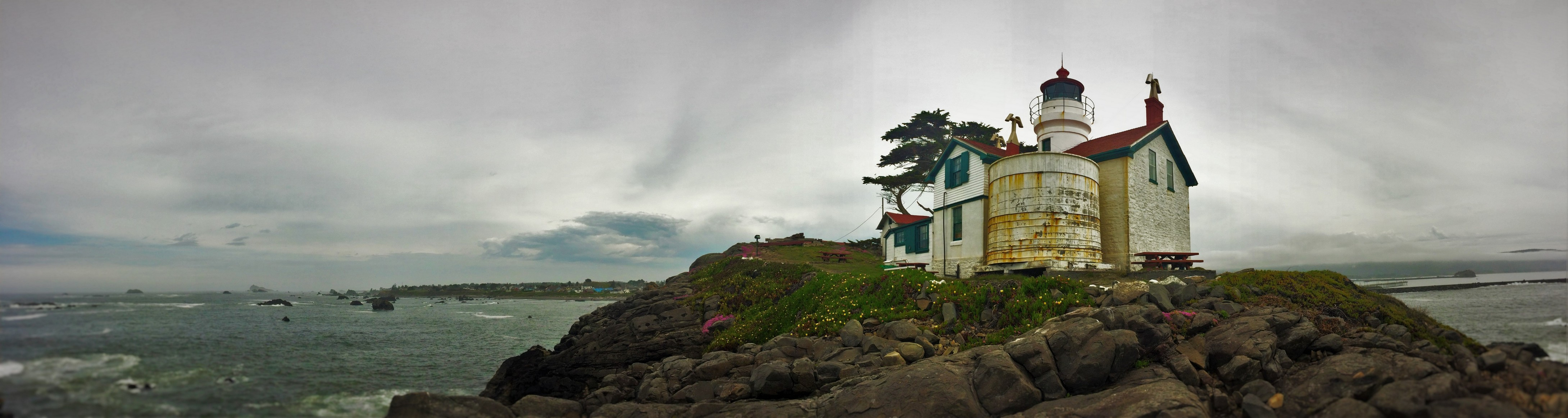 Battery Point Lighthouse Crescent City panoramic 1