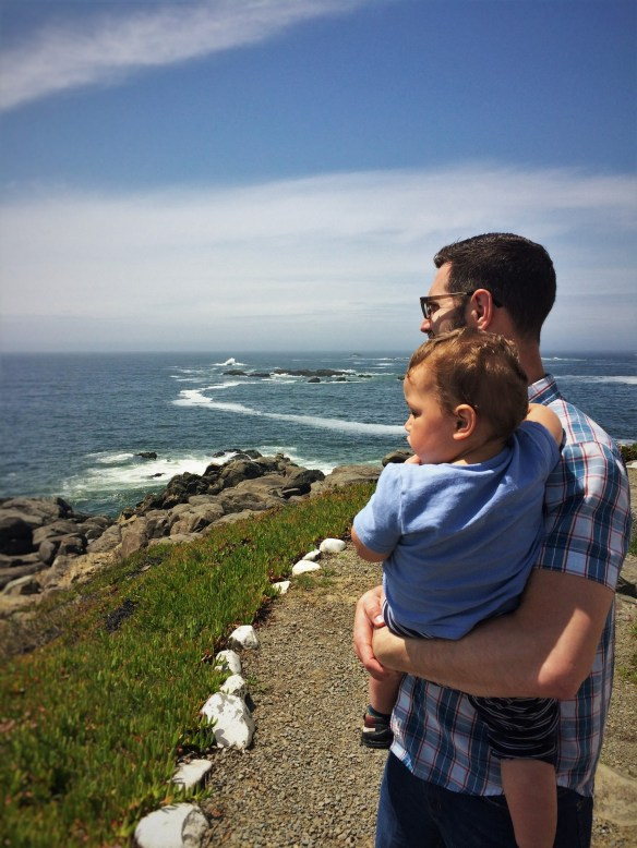 Chris Taylor and TinyMan at Battery Point Lighthouse in Crescent City 1