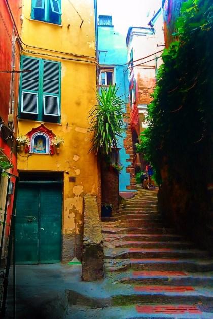 Narrow Street in Corniglia Cinque Terre Italy 1e