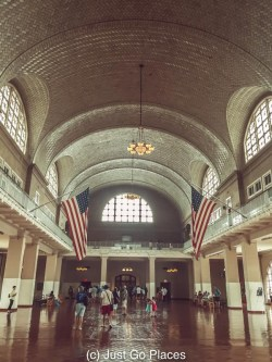 Grand Central Station NYC is a must see in the Big Apple. JustGoPlaces loves coming home to visit NYC.