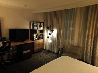 Hotel Vintage Portland King room 2