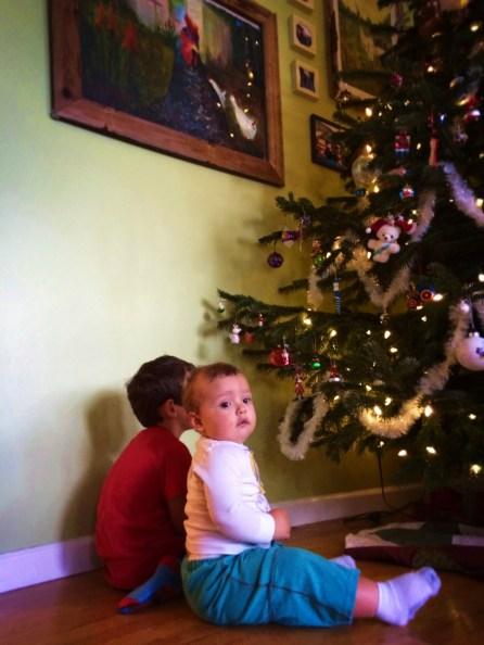 Taylor kids decorating a Christmas tree 2015