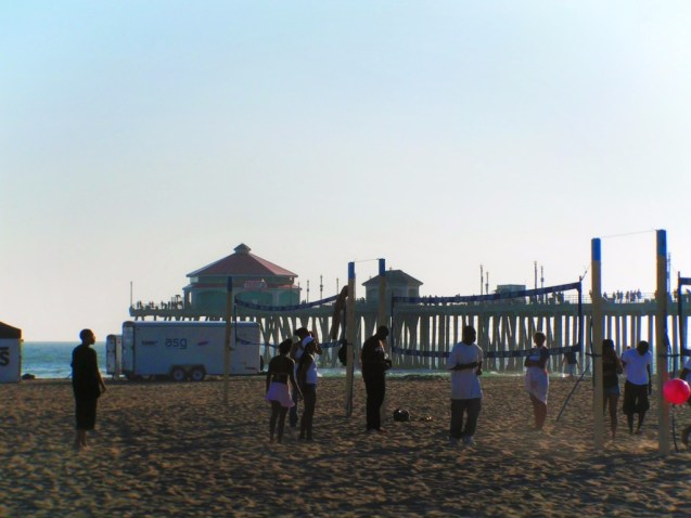 Playing volleybal at the beach Long Beach Pier 1