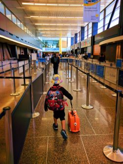 Taylor Family traveling to Disneyland for Cars 3 Premiere in SeaTac airport 1