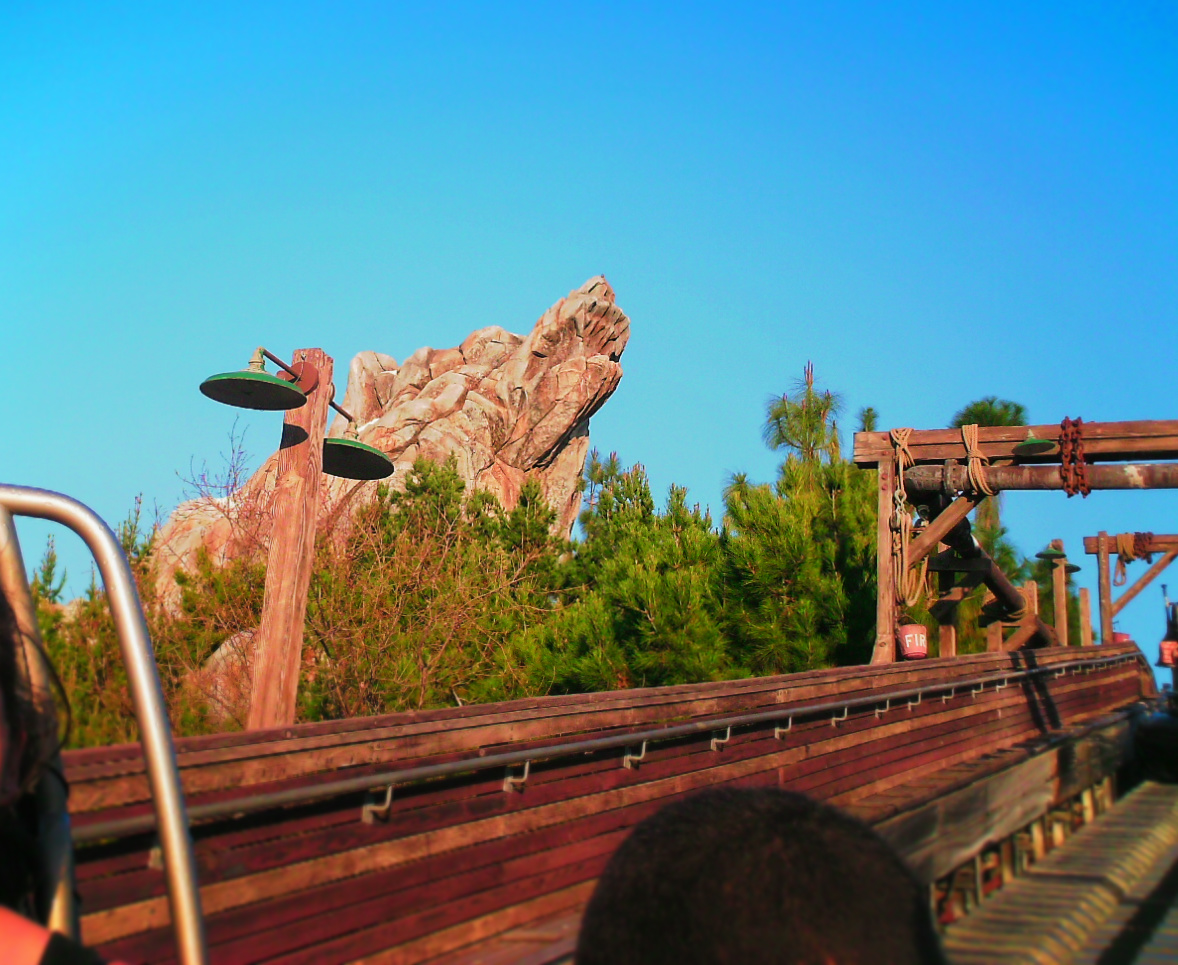 Grizzly Peak Grizzly River Run California Adventure 1