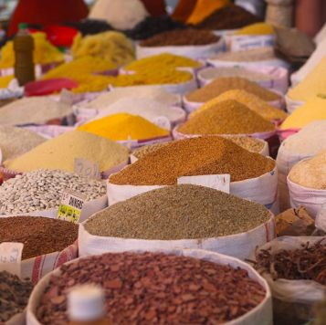 Wind Expedition spices in marketplace in Morocco 1