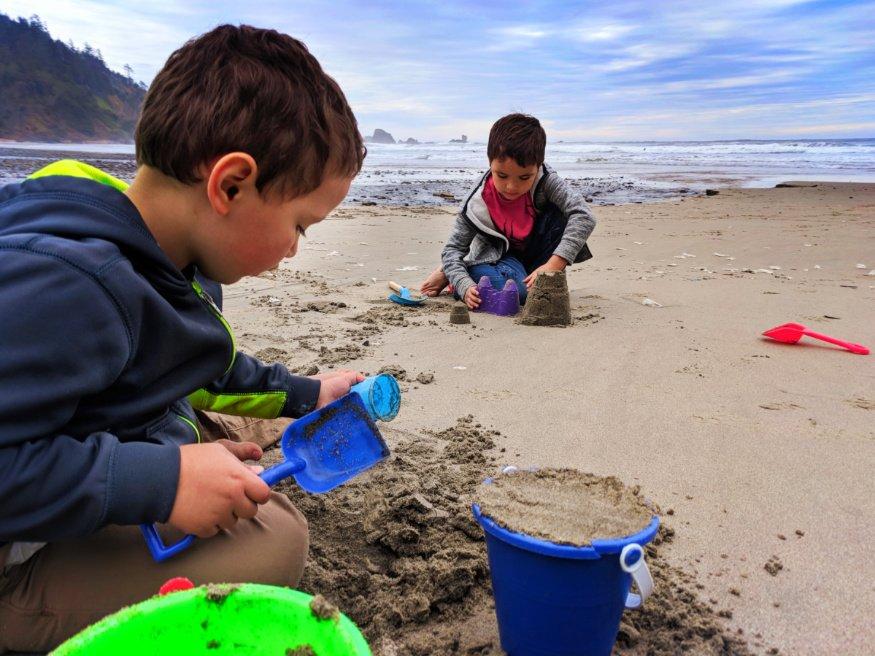 Taylor Family at Indian Beach Ecola State Park Cannon Beach Oregon Coast 9