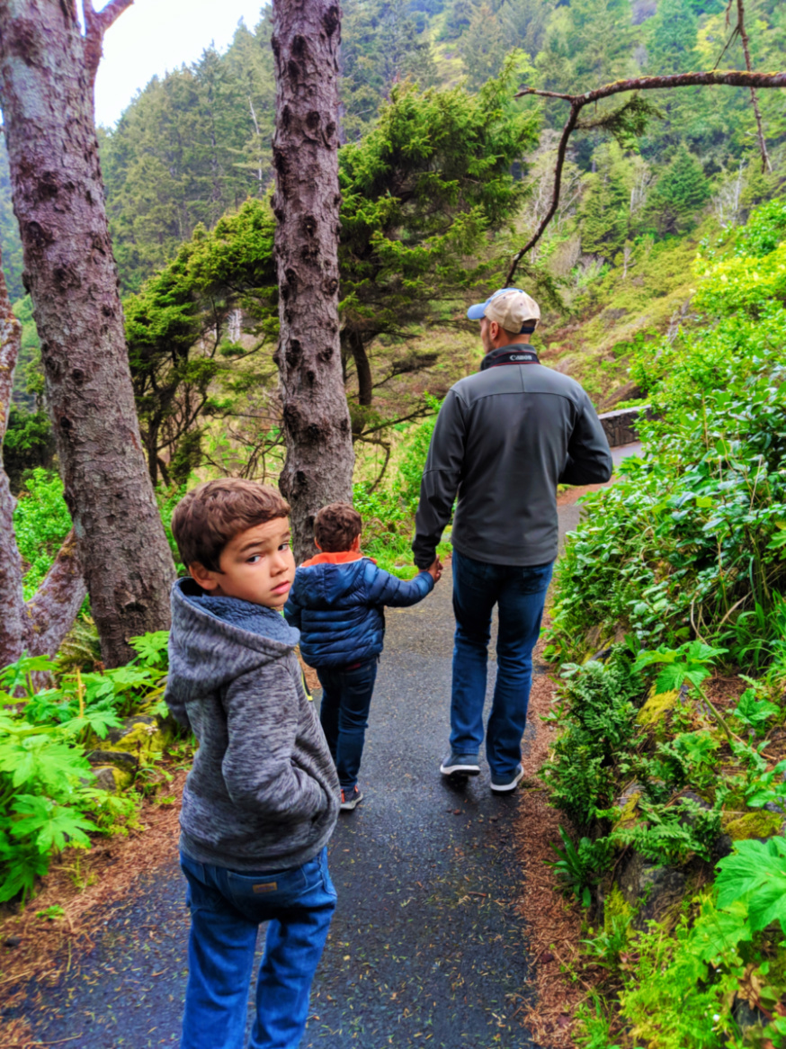 Taylor family hiking at Cape Perpetua Florence Oregon Coast 3