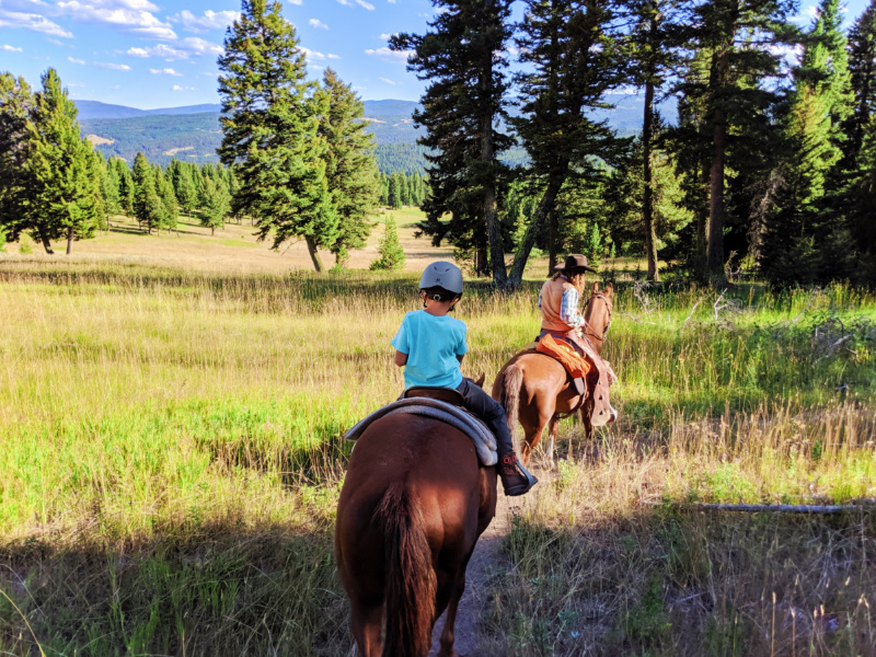 Lone mountain ranch has a restaurant, bar, a shared lounge and garden in big sky. Taylor Family At Lone Mountain Ranch Big Sky Montana 14 2 Travel Dads