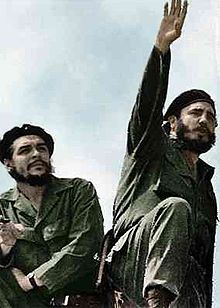 Revolutionary leaders Che Guevara (left) and Fidel Castro (right) in 1961.