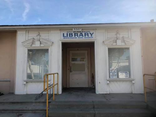 Morningside Park Library in Inglewood, CA (photo 2UrbanGIrls)