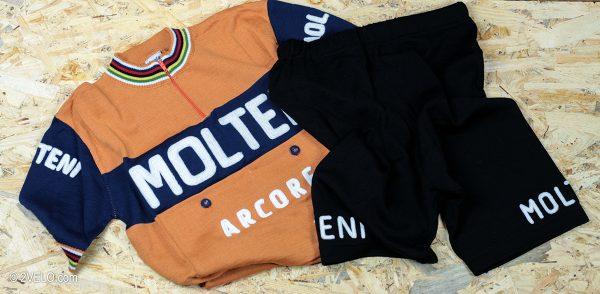 Molteni jersey and shorts set