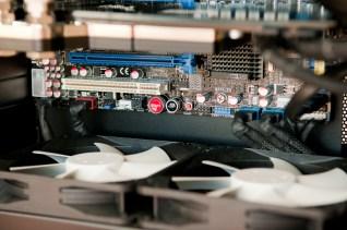 PowerColor Radeon HD 5870, Asus Rampage II Gene & Nexus Real Silent