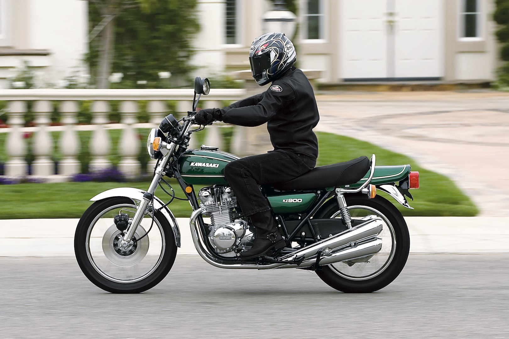 hight resolution of post mayhem teardowns at kawasaki s california outpost revealed the z1 was good to go kawasaki s reinvigorated efforts were about to pay off