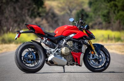 2020 Ducati Streetfighter V4 S Review (25 Fast Facts)
