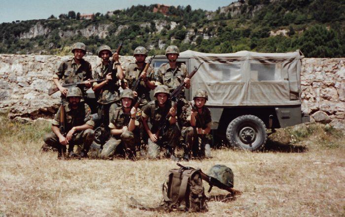 Yo en el ejército en 2004, de maniobras
