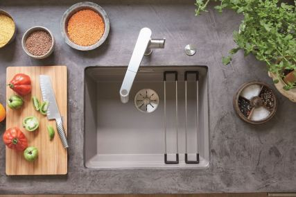 Blanco set to shine EVOL S Volume measurement tap + Etagon sink