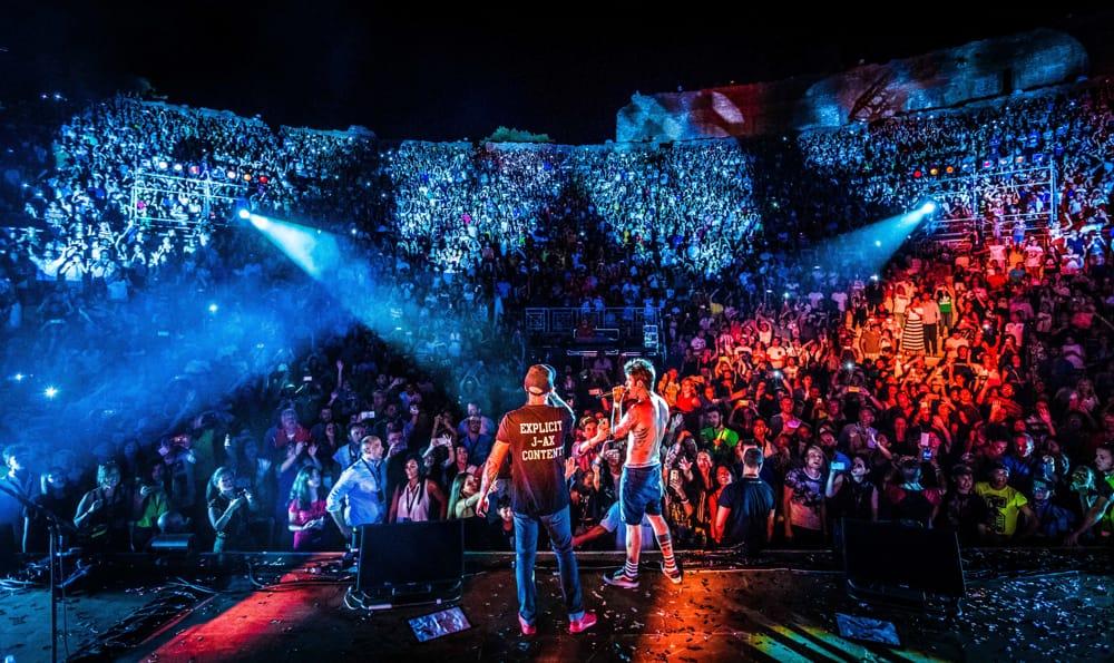 JAX  Fedez chiuderanno il tour estivo di Comunisti col Rolex a Taormina