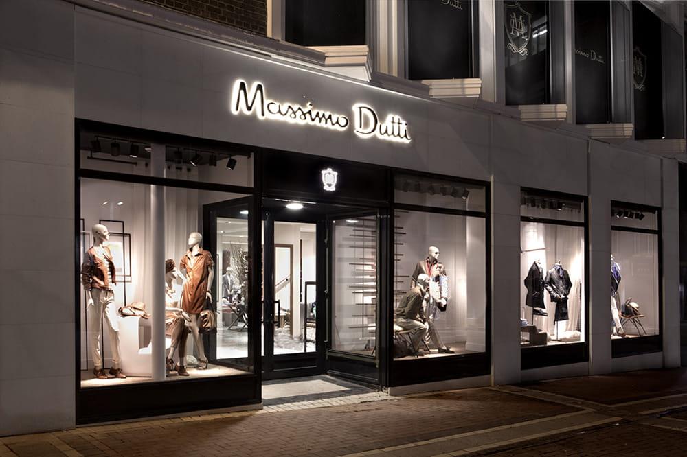 Massimo Dutti arriva in Galleria quasi mille metri quadri