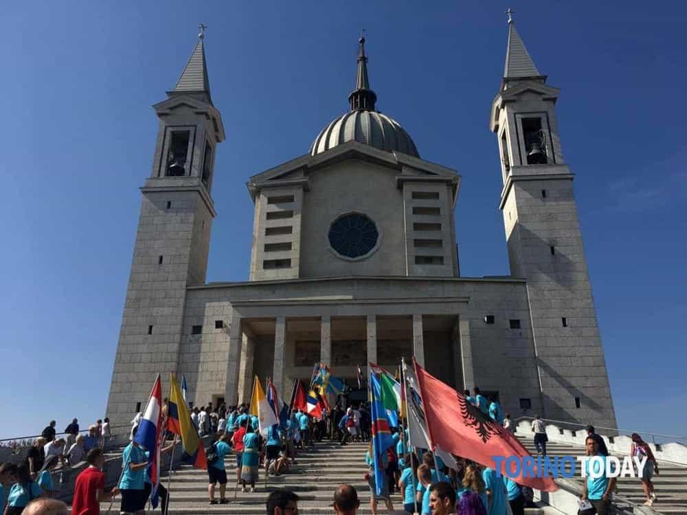 Cerimonia urna reliquia Don Bosco  Furto urna reliquia Don Bosco