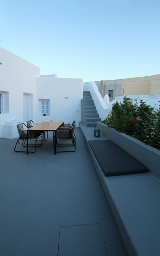 Villa Anemolia: A Little Piece of Santorini Paradise in architecture Category