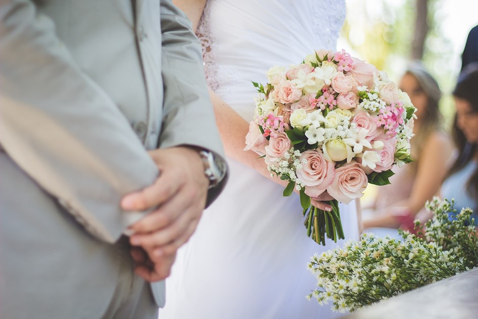 Wedding photographer awarded 108M in defamation lawsuit against bride and groom Digital