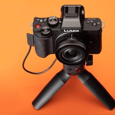 Panasonic Lumix DC-G100/G110 review