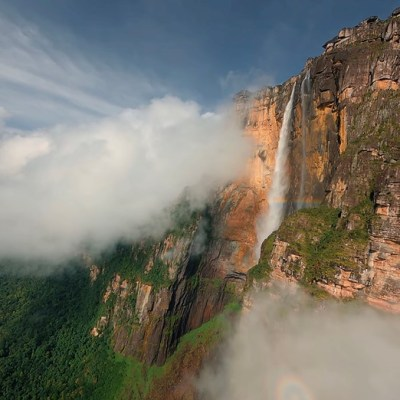 FPV drone takes a deep dive down world's tallest waterfall
