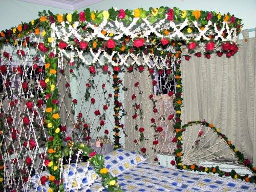 wedding bedroom flower decoration bedroom style ideas on wedding 1st night  bed decoration Wedding 1st. Flower Decoration For Bed   creatopliste com