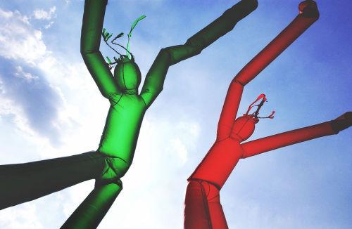 j-p-g:  Dualities (via Forrest Seas) wacky waving inflatable flailing arm tube man~!