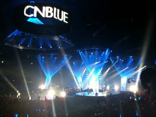 [051110] CN Blue @ PD Radio Concert (Thailand) cr: tomozuki1@siamzone	(more…)