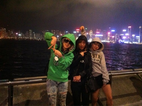 "101201 Jia's Twitter miss A in HK~~~^^우리만 알고있는 ""비밀 여행~~~""ㅎㅎㅎㅎㅎㅎㅎ miss A in HK~~~^^Our ""secret vacation~~~"" that only we knew about hahahahahahaha"