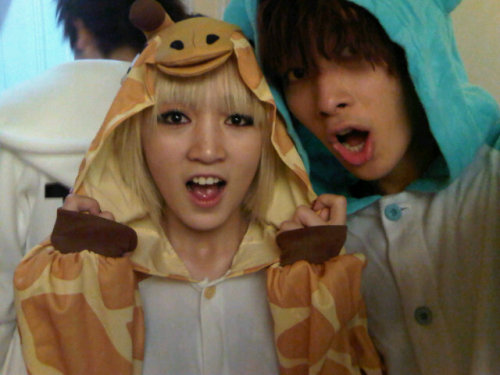 101224 Chansung's Twitter  귀여운 멍찌아 >_<크크크크 cute Meng Jjia >_<kekekeke