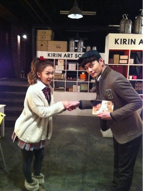 110120 Jeon Amin's Twitter  주님의 은혜  영광영광영광 영광  Joo-nim's goodness HonoredHonoredHonored Honored