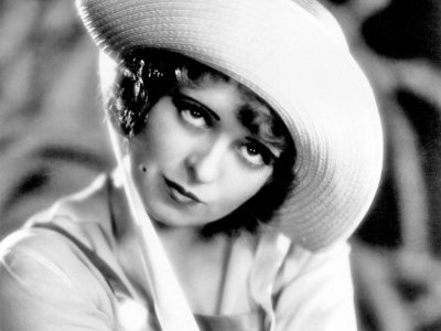 Clara Bow I have such a crush on her!