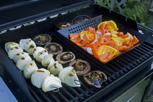 Looking for an easy summer recipe to make tonight? We've got them!