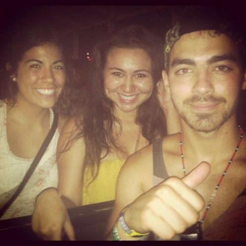 Another picture of Joe Jonas at Coachella. Yummy