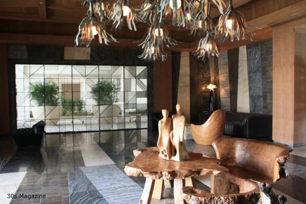 30s Magazine - Viceroy reception area