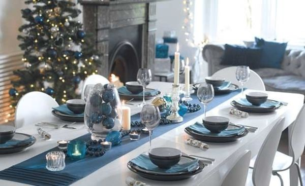 petrol blue christmas table