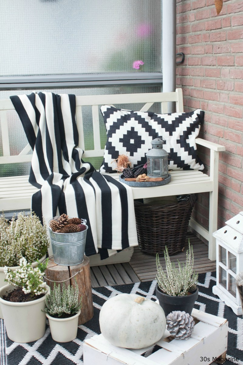 30s Magazine Perk Up Your Balcony For Fall