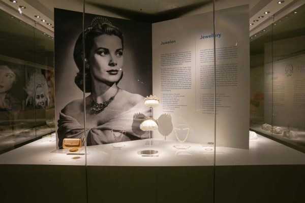 grace-kelly-expositie-by-menno-mulder-photography-29