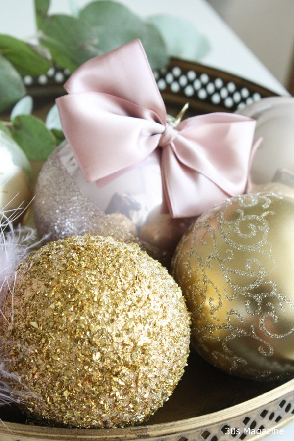 pink and gold baubles