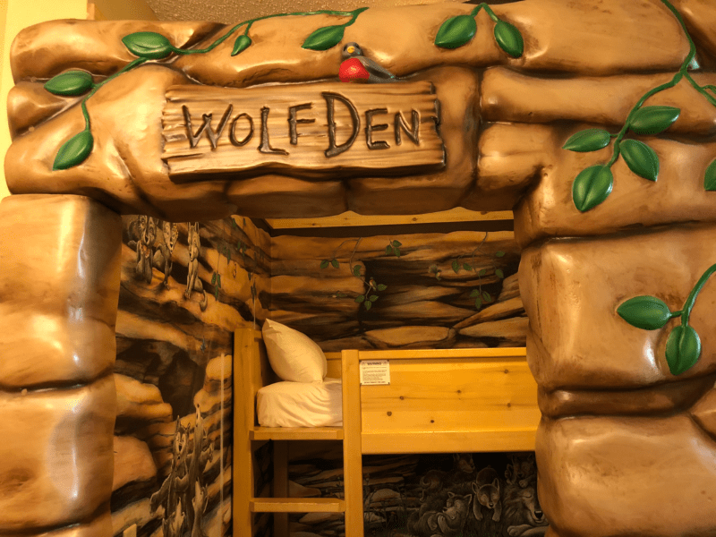 Wolf Den Great Wolf Lodge New England