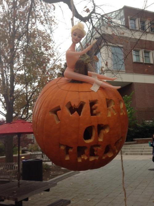 LOL Funny Music Miley Cyrus Halloween Twerk Pumpkin Trick