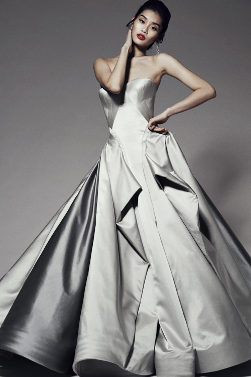notordinaryfashion:</p><br /><br /><br /> <p>Zac Posen Pre Fall 2014<br /><br /><br /><br />