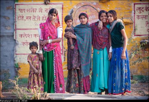 deedeemo:family portrait - IndiadiCF Photography