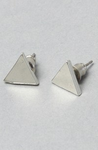 hipster triangles (CHRISHABANA Triangle Stud Earrings, $55)