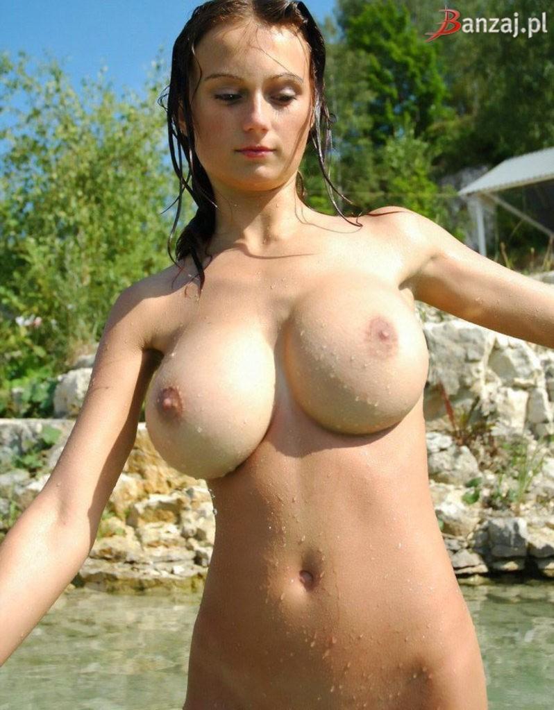 giant titties tumblr