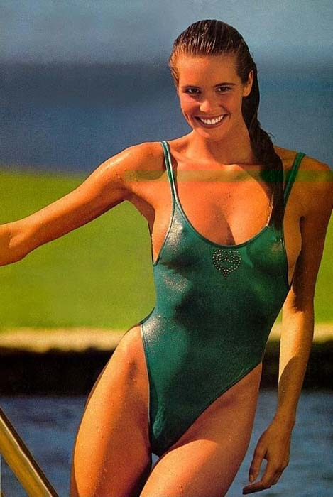elle macpherson sports illustrated